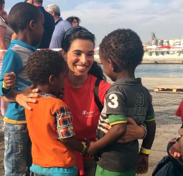 Dona ora per l 39 emergenza bambini in fuga save the - Fuga impermeabile ...
